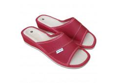 Dámské pantofle na klínku červené